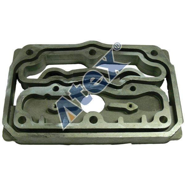 16-31195  cylinder head middle