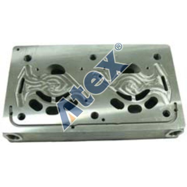 170-006428 01.1284 Cylinder head lower